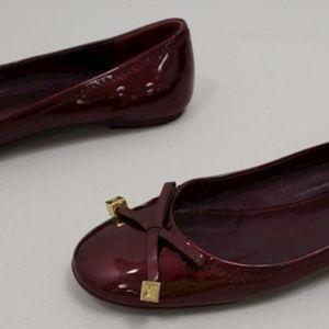 Louis Vuitton Womens Flats sz 9.5 Burgundy